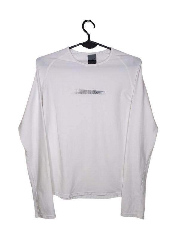 Biała bluzka sportowa Nike z wyszytym logo