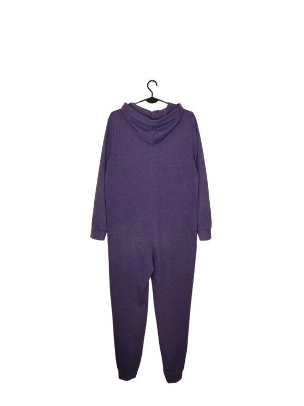 Fioletowy pajac, piżamka. Lekko zmechacony i w środku odbarwiony. Zapinany na zamek