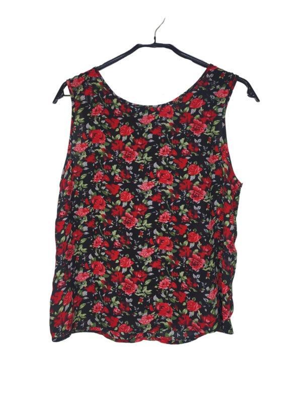 Czarna poliestrowa bluzka w czerowone róże. Z tyłu guziki. Z metki rozmiar L/XL ale na oko S