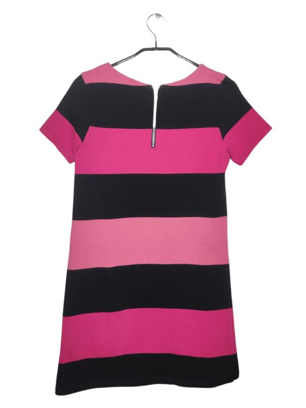 Różowo-czarna tunika w szerokie pasy. Zapisana z tyłu na zamek. Widoczne lekkie ślady noszenia.